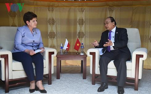 Thủ tướng Nguyễn Xuân Phúc tiếp xúc song phương bên lề Hội nghị Cấp cao ASEM 11  - ảnh 6