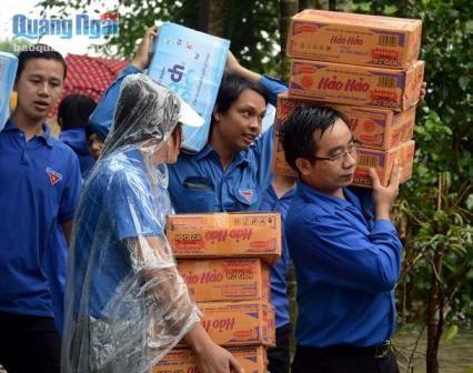 Nhiều hoạt động tình nguyện thiết thực vì đất nước - ảnh 2