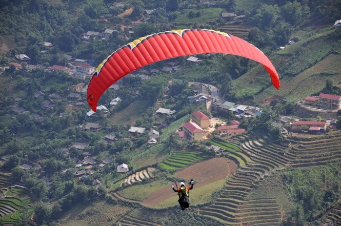 Festival dù lượn tại Khau Phạ - điểm bay đẹp nhất trong 10 điểm bay dù lượn của thế giới - ảnh 1