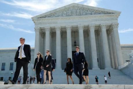 Mỹ khôi phục một phần sắc lệnh cấm nhập cảnh - ảnh 1
