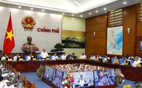 Thủ tướng Nguyễn Xuân Phúc: Phải chuyển động hệ thống từ trung ương đến cơ sở  - ảnh 1