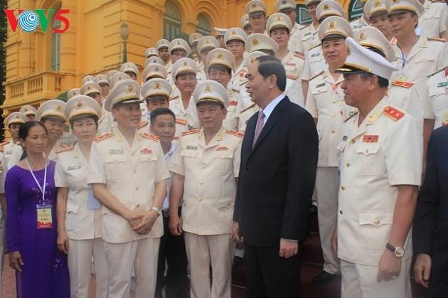 Lực lượng cảnh sát nhân dân phát huy sức mạnh tổng hợp,giữ vững an ninh quốc gia trật tự,an toàn XH - ảnh 3