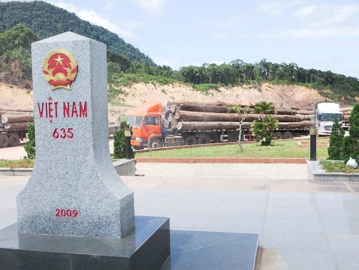 Hợp tác xây dựng biên giới Việt Nam - Lào hòa bình, hữu nghị - ảnh 1