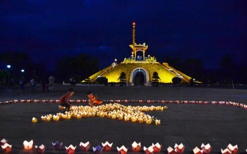 Phó Thủ tướng Vương Đình Huệ dự Đại lễ cầu siêu tưởng niệm các Anh hùng Liệt sĩ tại Quảng Trị - ảnh 2