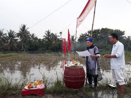 Đặc sắc lễ hội xuống đồng của người dân thị xã Quảng Yên, tỉnh Quảng Ninh - ảnh 3