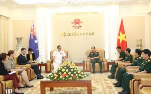 Đẩy mạnh quan hệ hợp tác quốc phòng Việt Nam - Australia  - ảnh 1