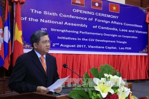 Ủy ban Đối ngoại Quốc hội Campuchia, Lào và Việt Nam cam kết tăng cường hợp tác - ảnh 1