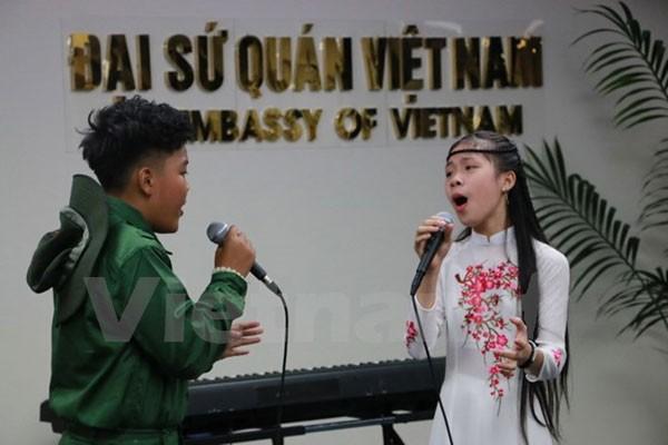 Quảng bá văn hóa Việt ở New Zealand qua những tài năng trẻ - ảnh 1