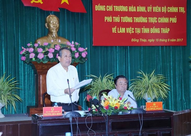Phó Thủ tướng Thường trực Chính phủ Trương Hòa Bình làm việc tại tỉnh Đồng Tháp - ảnh 1