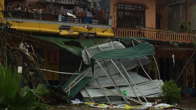Bão Doksuri làm 4 người chết, 8 người bị thương và nhiều thiệt hại nghiêm trọng - ảnh 1