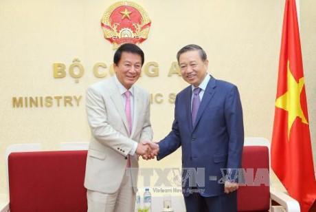 Bộ trưởng Bộ Công an Tô Lâm tiếp Đại sứ đặc biệt  Việt Nam - Nhật Bản và  Đại sứ Thổ Nhĩ Kỳ  - ảnh 2