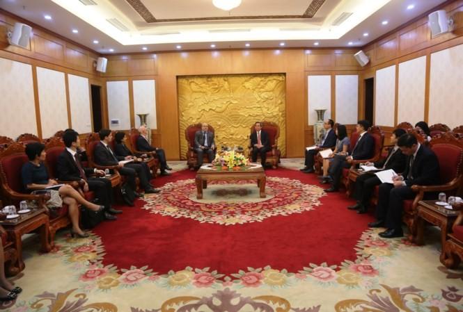 Trưởng Ban Kinh tế Trung ương Nguyễn Văn Bình tiếp Đoàn Cán bộ của Quỹ Tiền tệ Quốc tế (IMF) - ảnh 1