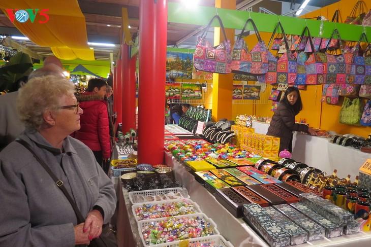 Việt Nam tham gia Hội chợ Du lịch và Ẩm thực quốc tế Dijon, Pháp - ảnh 2