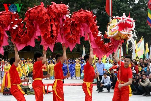 เทศกาลเนินโด๊งดาในกรุงฮานอย - ảnh 10