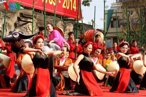 เทศกาลเนินโด๊งดาในกรุงฮานอย - ảnh 11