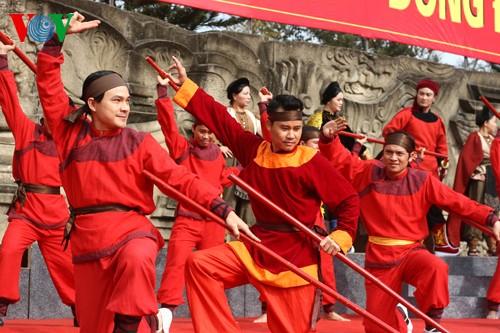 เทศกาลเนินโด๊งดาในกรุงฮานอย - ảnh 14