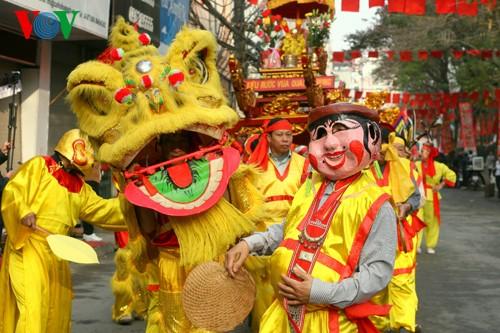 เทศกาลเนินโด๊งดาในกรุงฮานอย - ảnh 1