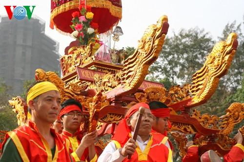 เทศกาลเนินโด๊งดาในกรุงฮานอย - ảnh 4