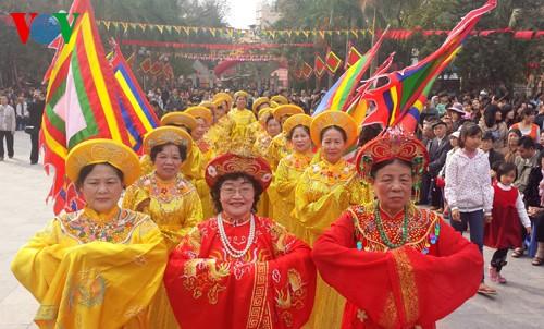 เทศกาลเนินโด๊งดาในกรุงฮานอย - ảnh 5