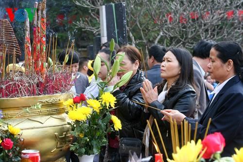 เทศกาลเนินโด๊งดาในกรุงฮานอย - ảnh 6