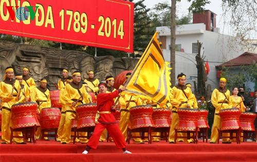 เทศกาลเนินโด๊งดาในกรุงฮานอย - ảnh 9
