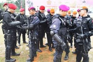 อินโดนีเซียขยายเครือข่ายรักษาความมั่นคง – ข่าวกรองเพื่อรักษาความปลอดภัยให้แก่การเลือกตั้ง - ảnh 1
