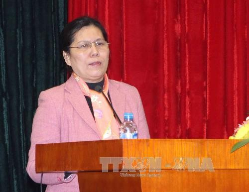 สหพันธ์สตรีเวียดนามปฏิบัติรัฐธรรมนูญ - ảnh 1