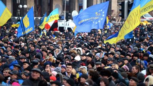 รัฐเซียจะเข้าร่วมการหารือกับไอเอ็มเอฟเกี่ยวกับการช่วยเหลือด้านการเงินให้แก่ยูเครน - ảnh 1