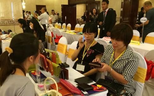 สถานประกอบการไทยแสวงหาโอกาสประกอบธุรกิจในเวียดนามเพิ่มจำนวนมากขึ้น - ảnh 1