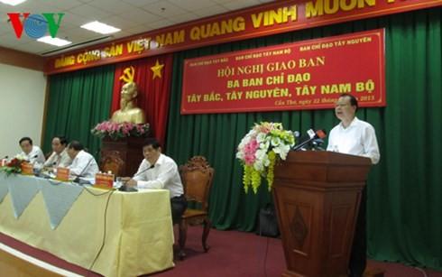 เขตยุทธศาสตร์3แห่งของเวียดนามขยายการพัฒนาเศรษฐกิจ รักษาความมั่นคงและกลาโหม - ảnh 1