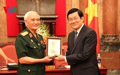 ประธานประเทศเจืองเติ๊นซางพบปะกับคณะประสานแนวร่วมเขตที่ราบสูงเตยเงวียน - ảnh 1