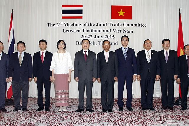 เวียดนามและไทยตั้งเป้าหมายเพิ่มมูลค่าการค้าระหว่างสองประเทศ - ảnh 1