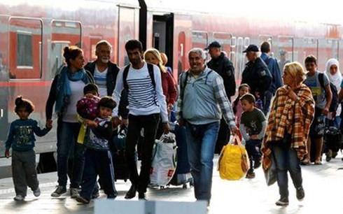 ในแต่ละวันเยอรมนีส่งกลับผู้อพยพที่มาจากออสเตรียนับร้อยคน - ảnh 1