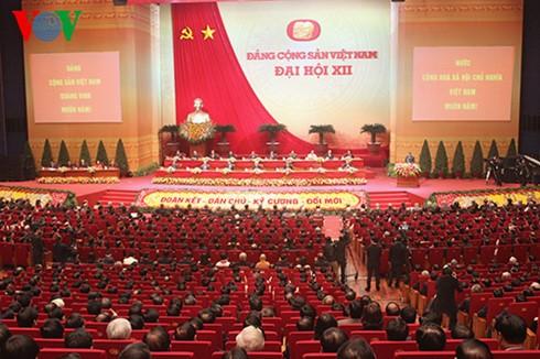 ประชาชนทั่วประเทศมุ่งใจสู่การประชุมสมัชชาใหญ่พรรคคอมมิวนิสต์เวียดนามสมัยที่ 12 - ảnh 1