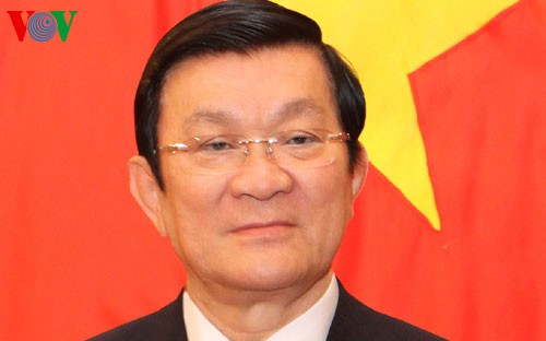 ประธานประเทศเจืองเติ๊นซางให้การต้อนรับผู้ว่าราชการจังหวัดพรีโมรีของรัฐเซีย - ảnh 1