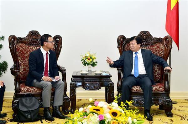รัฐบาลเวียดนามให้ความสนใจและอำนวยความสะดวกให้แก่นักลงทุนต่างชาติ - ảnh 1