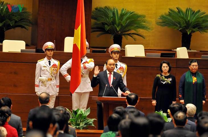 ท่านเหงียนซวนฟุ๊กได้รับเลือกเป็นนายกรัฐมนตรีเวียดนามวาระปี 2016-2021 - ảnh 1