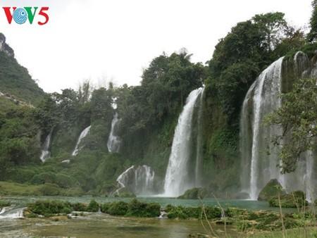 น้ำตกบ๋านโยก น้ำตกธรรมชาติที่ใหญ่ที่สุดในเอเชียตะวันออกเฉียงใต้ - ảnh 11