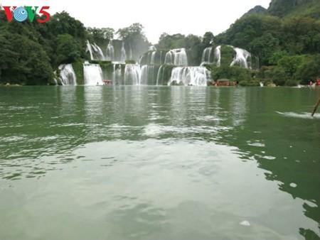 น้ำตกบ๋านโยก น้ำตกธรรมชาติที่ใหญ่ที่สุดในเอเชียตะวันออกเฉียงใต้ - ảnh 13