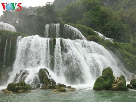น้ำตกบ๋านโยก น้ำตกธรรมชาติที่ใหญ่ที่สุดในเอเชียตะวันออกเฉียงใต้ - ảnh 6