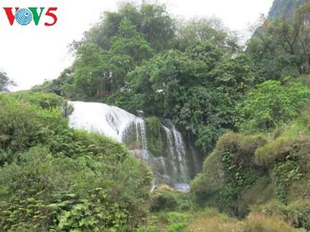 น้ำตกบ๋านโยก น้ำตกธรรมชาติที่ใหญ่ที่สุดในเอเชียตะวันออกเฉียงใต้ - ảnh 7
