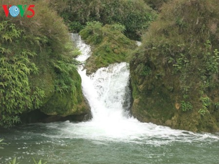 น้ำตกบ๋านโยก น้ำตกธรรมชาติที่ใหญ่ที่สุดในเอเชียตะวันออกเฉียงใต้ - ảnh 8