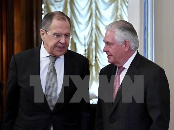 รัฐมนตรีต่างประเทศรัสเซียและสหรัฐพูดคุยทางโทรศัพท์เพื่อแก้ไขความขัดแย้ง - ảnh 1