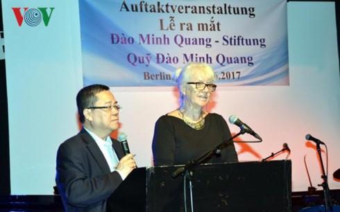Lễ ra mắt Quỹ khuyến học và bảo tồn dân ca Việt - Đức - ảnh 2