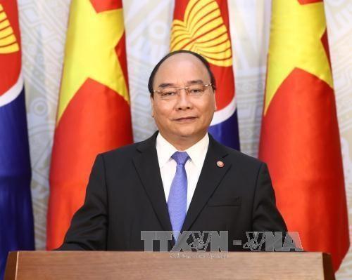 เวียดนามยืนยันร่วมกันสร้างสรรค์ประชาคมอาเซียนที่สามัคคีและพึ่งพาตนเอง - ảnh 1