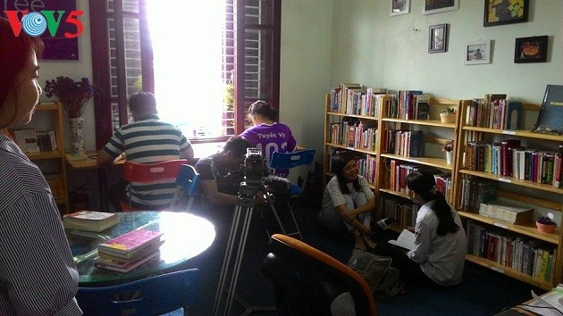 ห้องสมุด Bfree ส่งเสริมวัฒนธรรมการอ่าน - ảnh 1