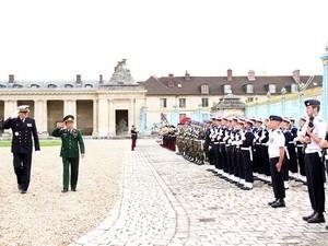 ความร่วมมือด้านการป้องกันประเทศมีส่วนร่วมผลักดันความสัมพันธ์ระหว่างเวียดนามกับฝรั่งเศส - ảnh 1