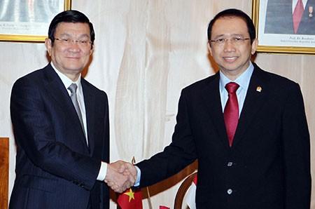 ท่านเจืองเติ๊นซางประธานประเทศเวียดนามเสร็จสิ้นการเยือนอินโดนีเซีย - ảnh 1