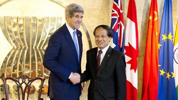 สหรัฐสนับสนุนการธำรงรักษาสันติภาพ ความมั่นคงและเสถียรภาพของอาเซียน - ảnh 1