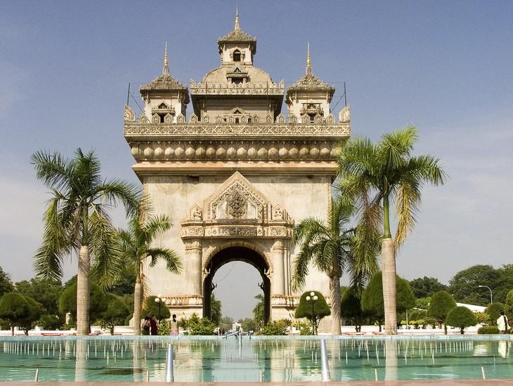 ประเทศลาว –จุดหมายปลายของนักท่องเที่ยวเวียดนาม - ảnh 3